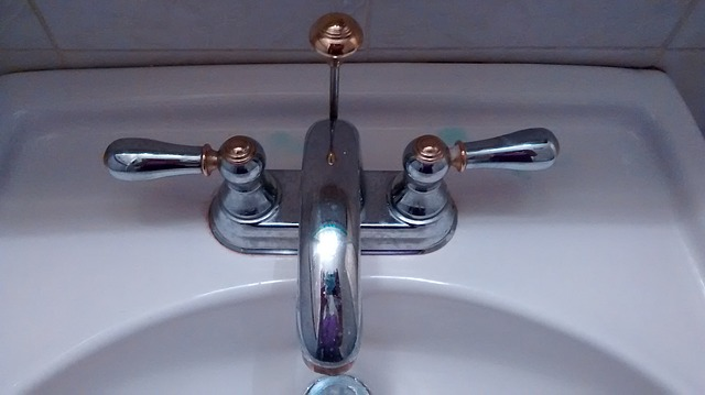 בדיקה ושיפור לחצי מים בעיקר במקרים שיש בעיה כרונית של לחצי מים בבניין