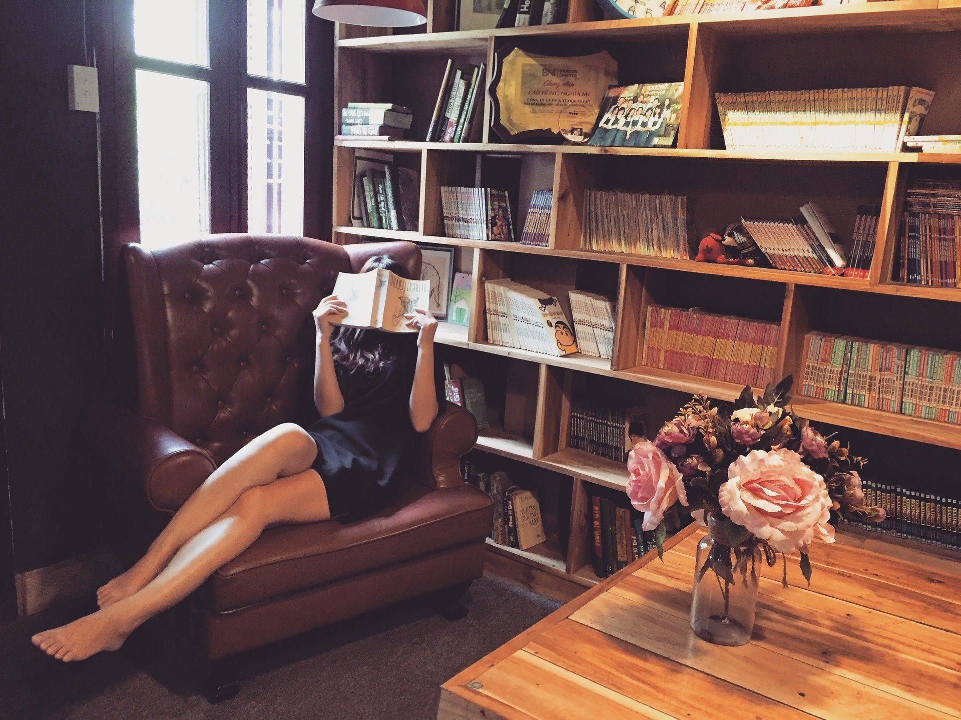 איך לבחור כורסא מעוצבת לסלון?