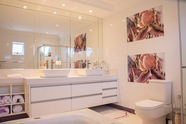 אריחים מצוירים לאמבטיה